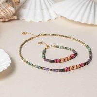 La collection ROMANE pour apporter de la bonne humeur à toutes vos tenues⭐️  Elle se compose d'Hématites, de perles en céramique et de pierres semi-précieuses: Labradorite, Lapis-lazuli, Agates, Améthystes....  Quelle est votre couleur préférée?  Bon Dimanche à toutes et tous!☀️  #romane #newcolletion #saravah #necklace #colier #bracelet #pierresemiprecieuse #bijoucreateur #madeinmarseille  Photo @celine.chea.photography