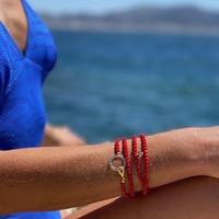 🌞 CONCOURS! 🌞  Nous nous associons à deux chouettes marques marseillaises pour vous faire gagner une box de l'été 100% phocéenne 🌊 :  -> 1 maillot de bain 1 pièce CROISETTE @bluelobster_swimwear 🩱 -> 1 paire de solaires JIMMY SUN @jfreyofficial  😎 -> 1 porte lunettes MYKONOS @omabloom_creations 📿 Pour participer, rdv jusqu'à demain sur la page instagram de @bluelobster_swimwear 😉 . Bonne chance! 🍀🤞💫 . #createursmarseillais  #summerbox #J-1